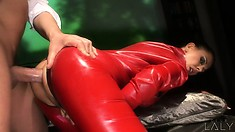 Brunette with great curves gets ass-fucked while wearing latex