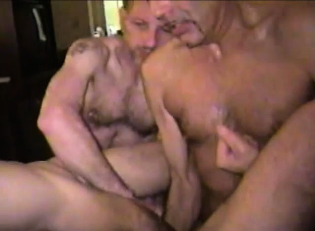 Exchanging blowjob and bareback