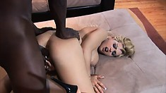 Stacked blonde Starla Sterling welcomes a huge black dick in her peach