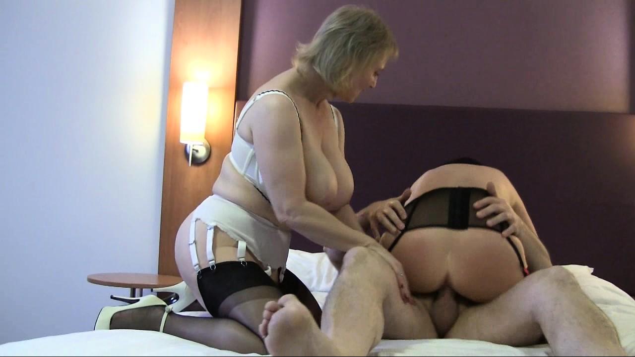 cougar aunty sexy nudes